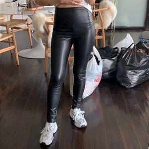 Aritzia Wilfred Free faux leather Daria Pant sz S